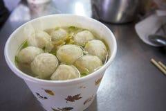 Taiwan fa un spuntino, polvere dell'inverno, minestra della palla di pesce, pesce vela del Pacifico, minestra della palla di pesc Fotografia Stock