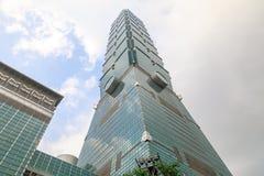 TAIWAN TAIPEI - Maj 23, 2017 Taipei 101 skyskrapa Buildinen Arkivfoto