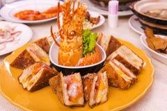 Taiwan Taipei, ristorante dei frutti di mare, panini dell'aragosta, patatine fritte speciali del menu, dell'aragosta & del pane,  immagine stock libera da diritti