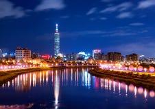 Taiwan Taipei stadsnatt Royaltyfria Bilder