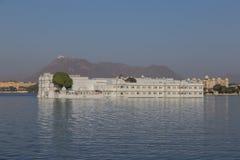 Taj Jeziorny pałac przy Udaipur miastem, India Fotografia Stock