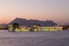 Taj Jeziorny pałac przy Udaipur miastem, India Obrazy Royalty Free
