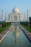 Taj Mahal światło najpierw obraz royalty free