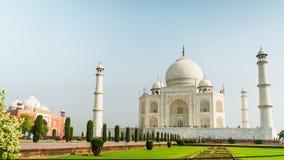 Taj Mahal στον ήλιο πρωινού απόθεμα βίντεο