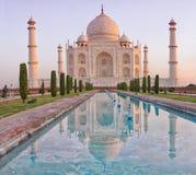 Taj Mahal в Agra, Индии стоковые изображения rf