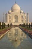 Taj Mahal ad alba Immagini Stock Libere da Diritti