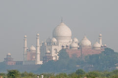 Taj Mahal Ansicht vom Agra-Fort Lizenzfreie Stockfotos