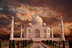 Taj Mahal Architecture Indien lopp, Agra, Uttar Pradesh Arkivbilder