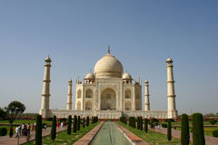 Taj Mahal in cielo blu libero Fotografia Stock Libera da Diritti