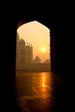 Taj Mahal en la salida del sol fotos de archivo