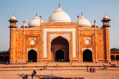 Taj Mahal historisk arkitektur i Agra, Indien arkivbild