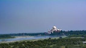Taj Mahal, a maravilha do mundo nos bancos de Yamuna fotos de stock royalty free