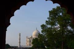Taj-Mahal mausoleum Royaltyfria Bilder