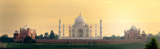 Taj Mahal mausoleum back view from Mehtab Bagh Stock Photography