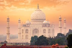 Taj Mahal på soluppgångsolnedgång, Agra, Indien arkivfoto