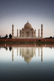 Taj Mahal reflected in river a Royalty Free Stock Photography