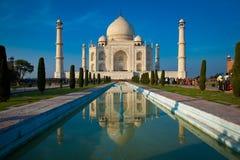 Taj Mahal solnedgång med reflexion. Royaltyfri Bild