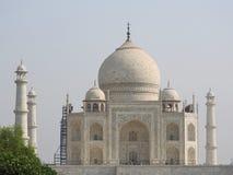 Taj Mahal un giorno luminoso e chiaro immagine stock