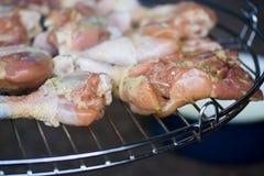 Tajadas del pollo en parrilla Fotos de archivo