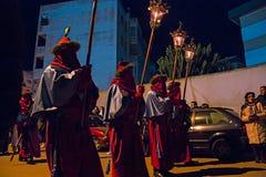 Tajemnicy i penitenci w wieczór korowodzie na Świętym Piątku Obraz Royalty Free
