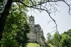 Tajemniczy piękny otręby kasztel Wampir siedziba Dracula w lasach Rumunia zdjęcia stock