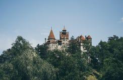 Tajemniczy piękny otręby kasztel Wampir siedziba Dracula w lasach Rumunia zdjęcie stock