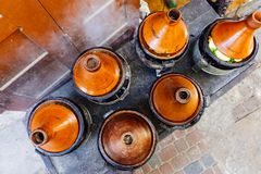 Tajin de Tagine de Marocain Nourriture de rue au Maroc Marrakech Cuisine nationale et traditionnelle du Maroc image stock