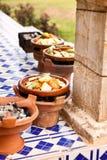 Tajine kucharstwo przy restauracją w Morocco Afryka Zdjęcia Royalty Free
