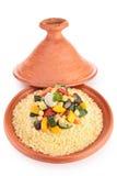 Tajine mit vegetarischem Kuskus Stockfoto