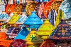 Tajines nel mercato, Marrakesh, Marocco Fotografia Stock Libera da Diritti