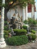 Tajlandia Buddyjskiej ?wi?tyni kamienia rze?by sceny stary widok 3 fotografia stock