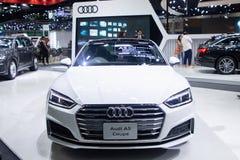 Tajlandia, Dec -, 2018: Audi A5 Coupe białego koloru sportów luksusowy super samochód przedstawiający w motorowym expo Nonthaburi zdjęcia royalty free
