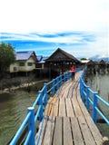 Tajlandia: Karmowy sklep przy uderzenia Khun Thian morzem Fotografia Royalty Free