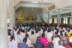 Tajlandia ludzie uczestniczą w rocznej robi ceremonii zdjęcia royalty free