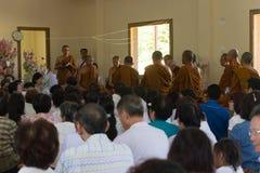 Tajlandia ludzie uczestniczą w rocznej robi ceremonii Zdjęcie Royalty Free