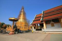 Tajlandia pagoda odnawi zdjęcia stock