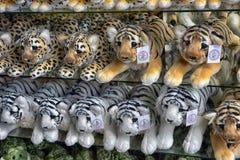 Tajlandia, Pattaya, 26,06,2017 Miękkich zabawek na kontuarze w ten sposób Zdjęcie Royalty Free