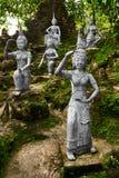 Tajlandia Statuy W Tajnym Buddha ogródzie W Koh Samui buddhism Obrazy Stock
