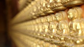 Tajlandia, 15 Styczeń, 2017: Chińczyka Mahayana buddyzm jako Viharnra Bodhisattva Guanyin, Viharnra 10.000 Buddha Smok Templ obraz royalty free