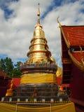 Tajlandia złota pagoda zdjęcie royalty free