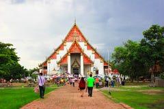 Tajlandzcy ludzie target713_1_ świątynia Zdjęcie Royalty Free