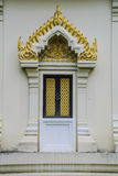Tajlandzka świątynna drzwiowa rzeźba Obrazy Stock