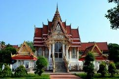 Tajlandzka Buddyjska świątynia Kapeluszowy Yai Songkhla Tajlandia i ogródy Obrazy Royalty Free