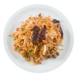 Tajlandzka Fermentująca wieprzowiny sałatka z Crispy Rice na bielu zdjęcia stock
