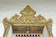 Tajlandzka sztuka na antycznym drzwi antyczna Tajlandzka świątynia Zdjęcie Royalty Free