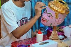 TAJLANDZKI aktor maski mężczyzna, KIEROWNICZA purpura, PHRA SATRUT, KHON Obrazy Royalty Free