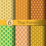 Tajlandzki deseniowy złoto obrazy royalty free