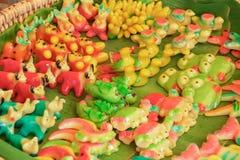 Tajlandzki deser na zielonym bananowym liścia miejscu w rynku Fotografia Royalty Free