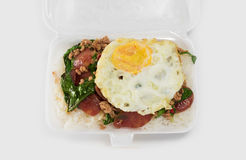 Tajlandzki fast food w piany pudełku zdjęcia stock