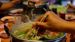 Tajlandzki jedzenie piec na grillu bufet wieprzowina Muczenia Ka Ta zbiory wideo